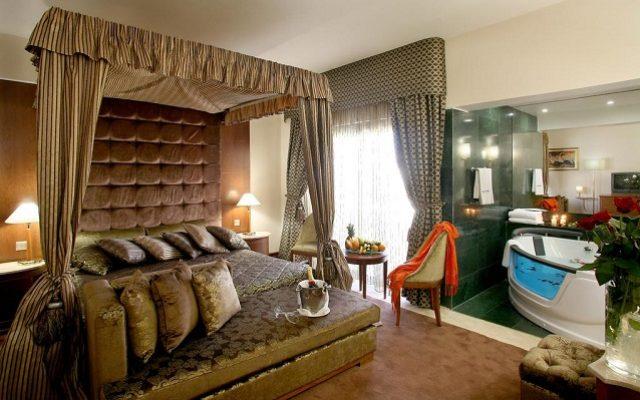 adams-beach-hotel2