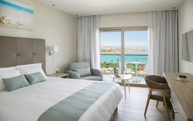 asterias-beach-hotel2