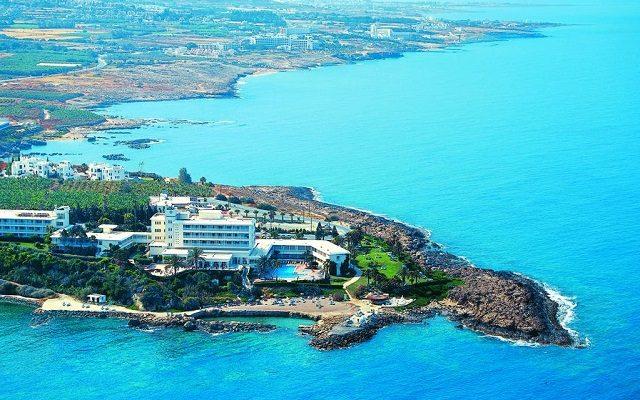 cynthiana-beach-hotel1