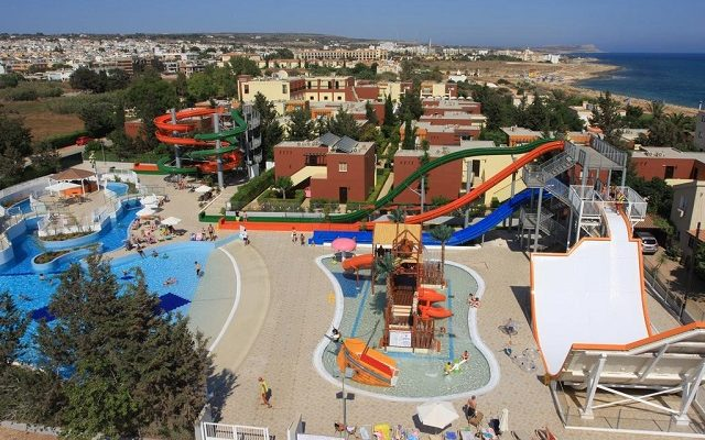 electra-holiday-village-water-park-resort