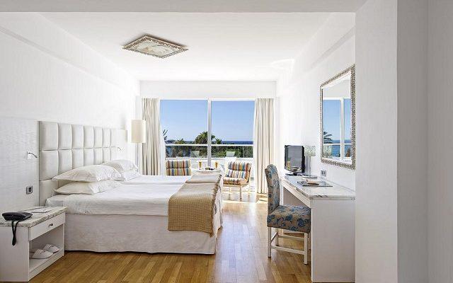 grecian-sands-hotel2