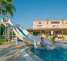 belek-golf-village-villa-with-shared-pool-3