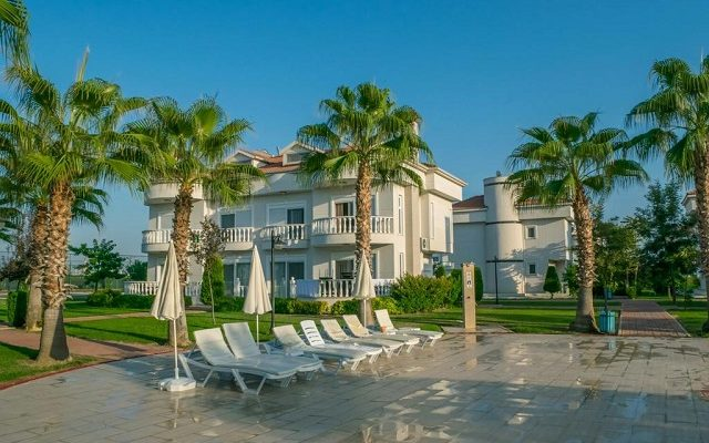 belek-golf-village-villa-with-shared-pool