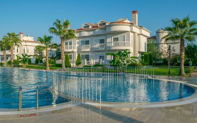 belek-golf-village-villa-with-shared-pool2