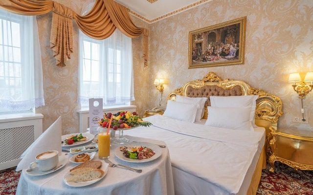 petrovskij-prichal-otel-spa