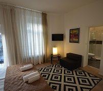 downtown-luxury-apartment-2
