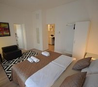downtown-luxury-apartment-3