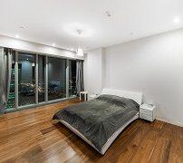 sky-premium-apartment-63-floor-1