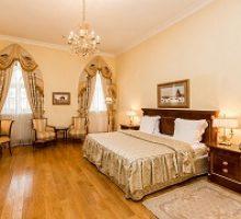petrovskij-putevoj-dvorec-butik-otel-4