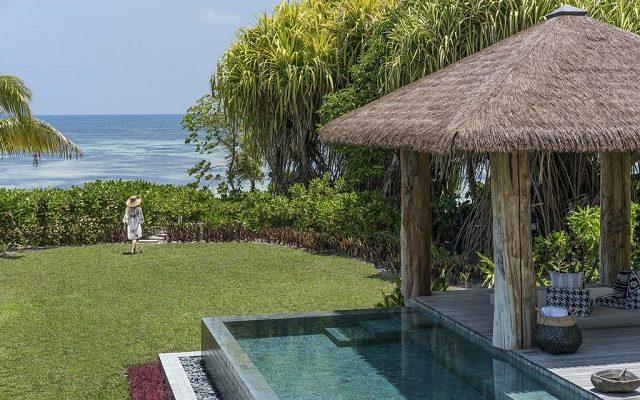 four-seasons-resort-seychelles-at-desroches-island1