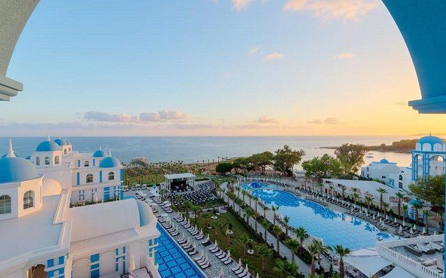 rubi-platinum-spa-resort-suites1