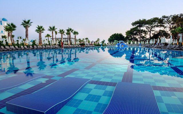 rubi-platinum-spa-resort-suites4