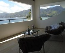 vallonend-beachfront-villa-with-excellent-view-3
