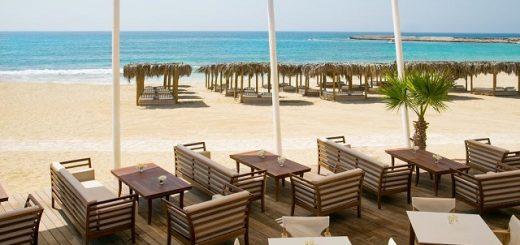 Лучшие отели с белым песком в Айа-Напе у моря на Кипре