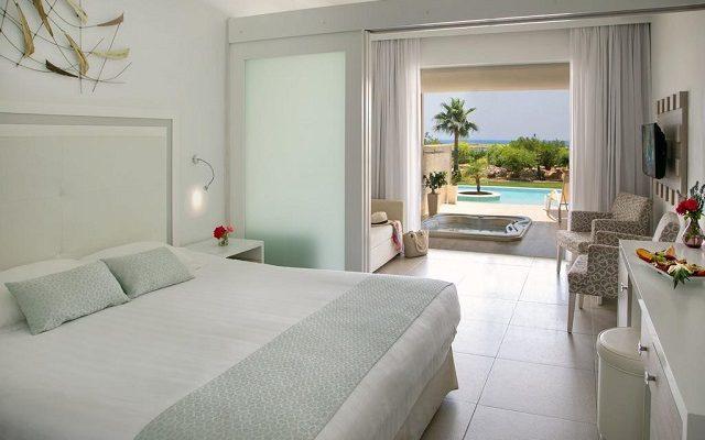 asterias-beach-hotel5
