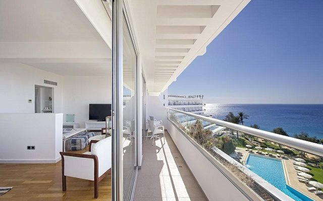 grecian-sands-hotel3