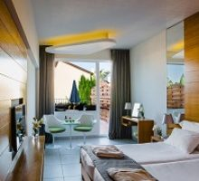 napa-plaza-hotel-adults-only-3