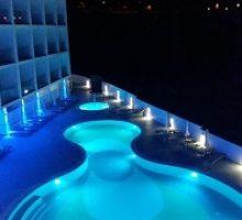 river-rock-hotel-4