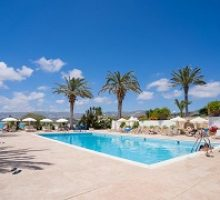 vrachia-beach-hotel-suites-adults-only-3