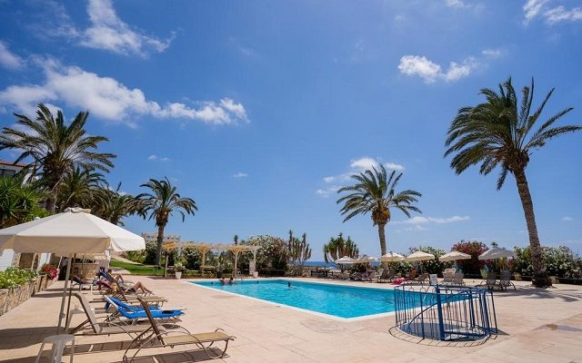 vrachia-beach-hotel-suites-adults-only2
